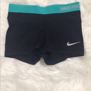 Women Nike Pro Dri-Fit Size XS Athletic Shorts.